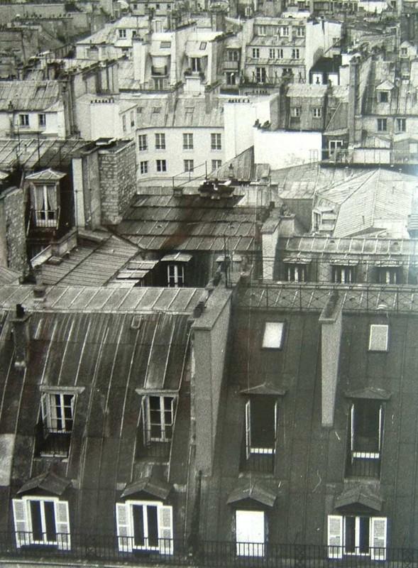 Vue depuis le 5ème étage de Beaubourg: les toits de Paris, photo argentique