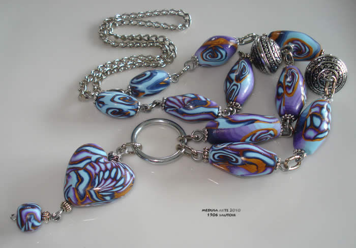 sautoir fimo métal coeur bleu violet